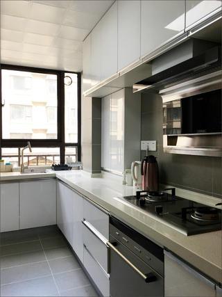 110㎡三居室装修厨房实景图