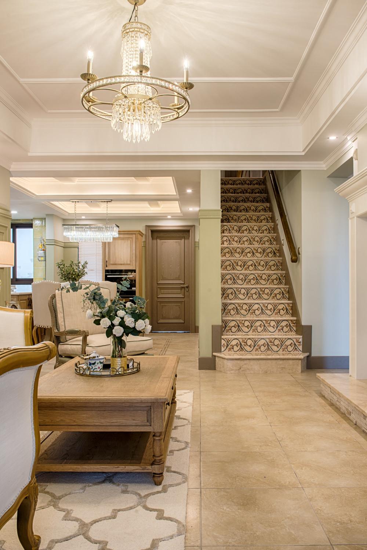 法式二居装修楼梯设计图