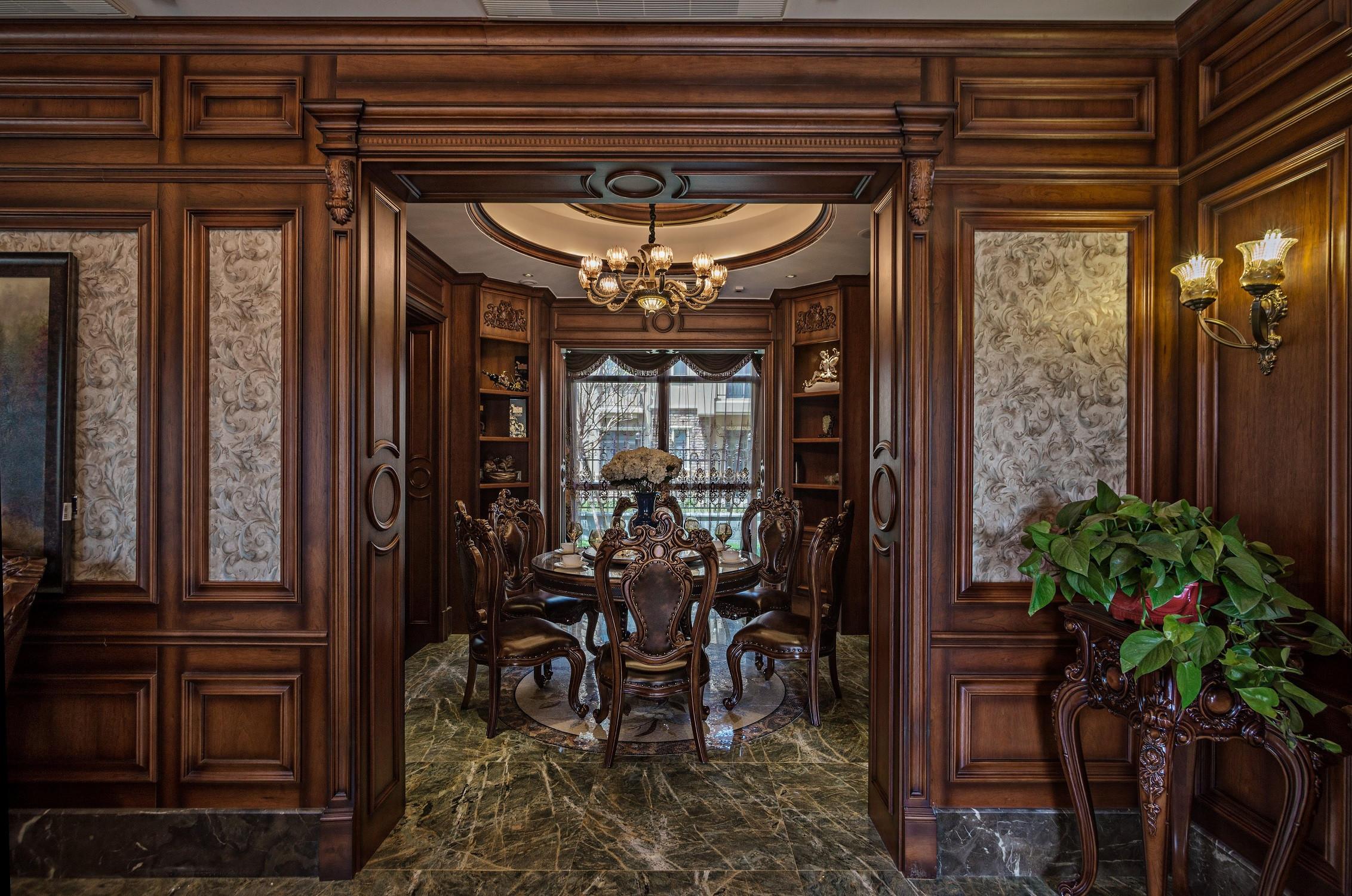 美式古典别墅装修餐厅设计图