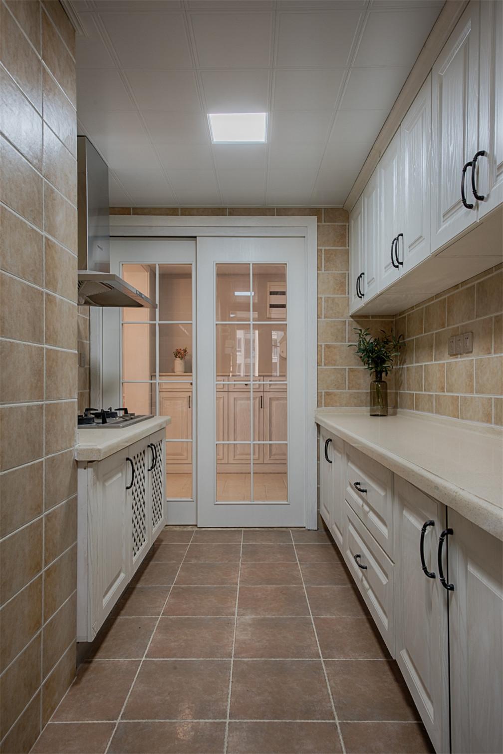 三居室美式空间厨房效果图