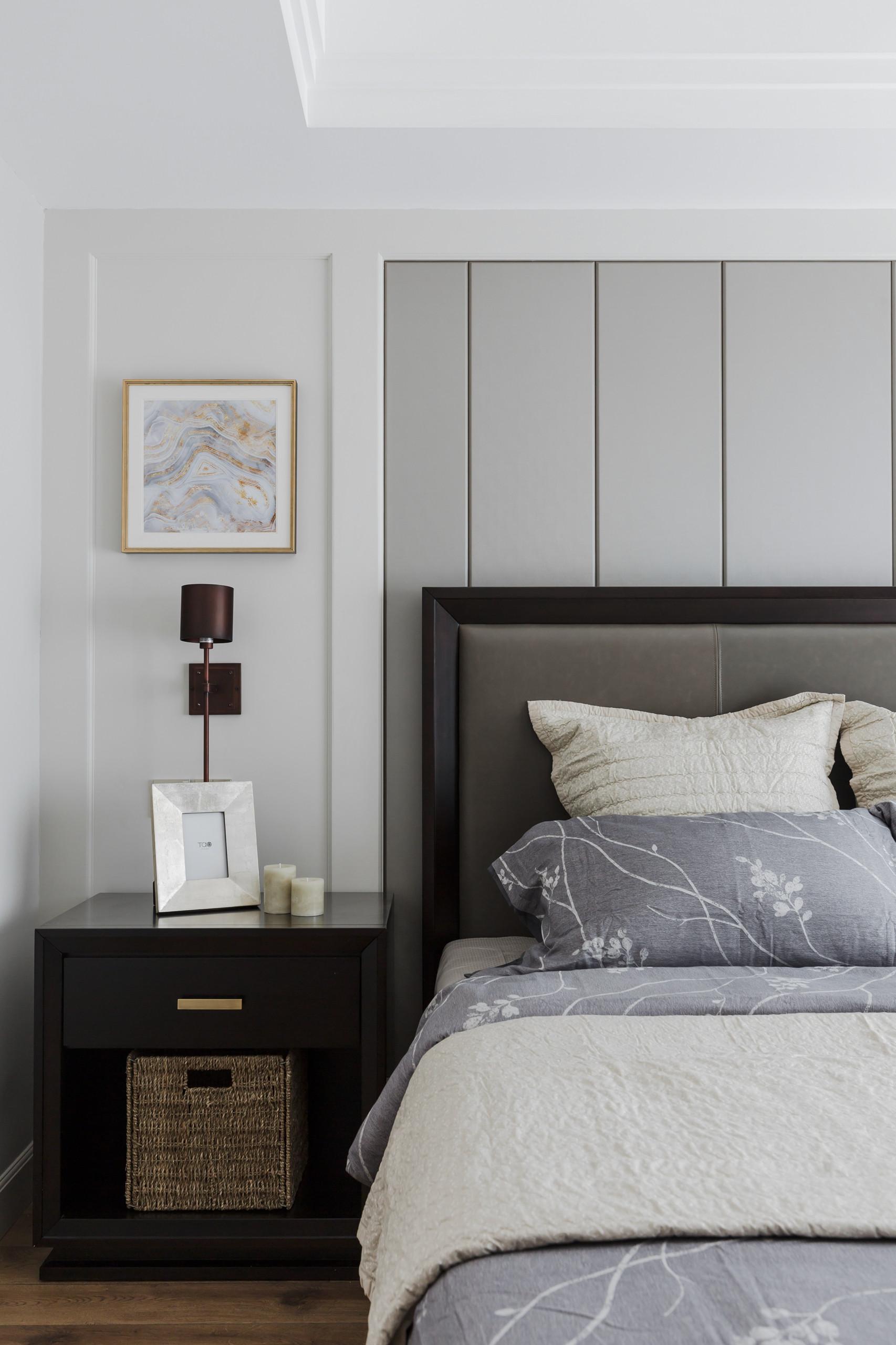 美式四居装修床头墙造型设计