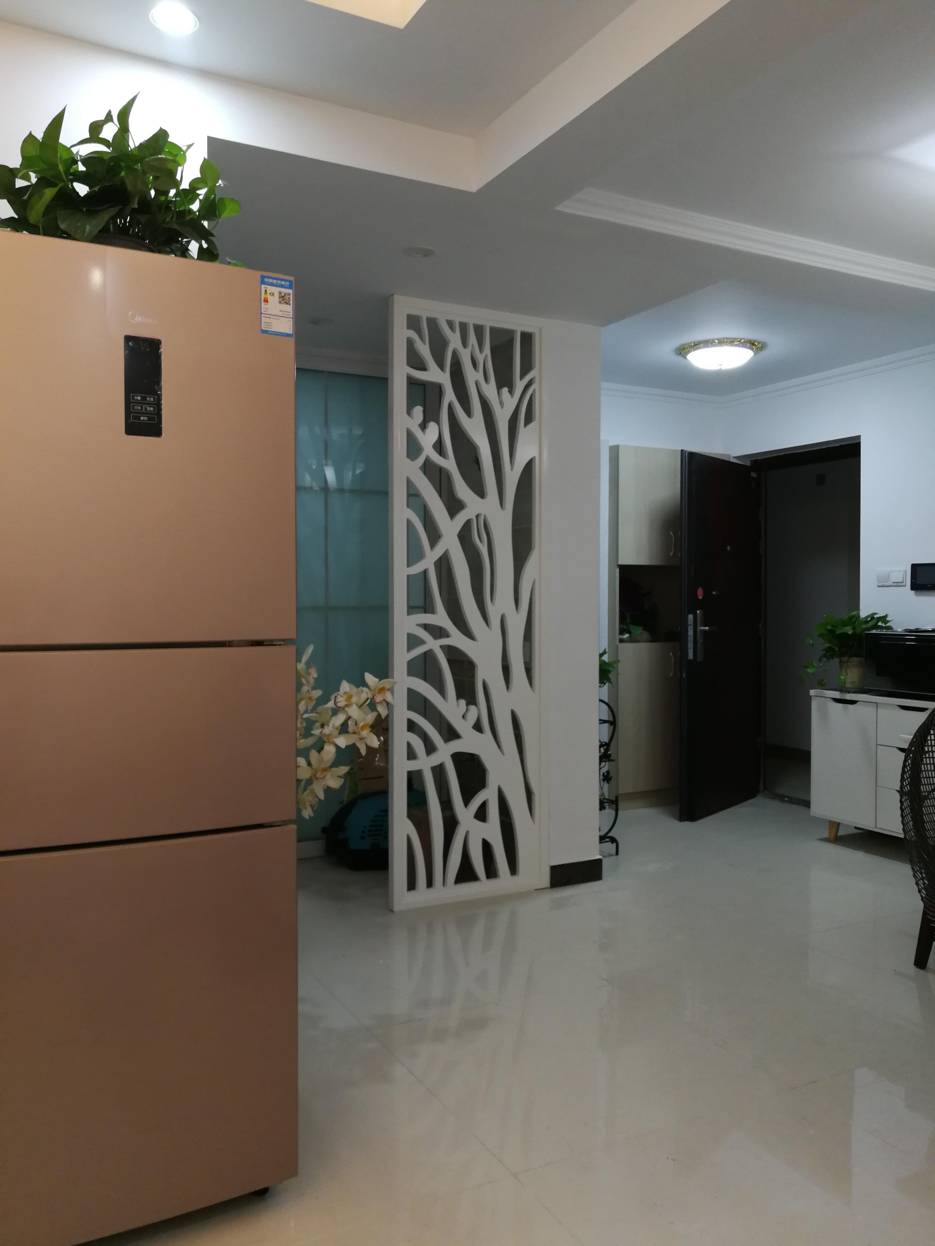 70m²简约二居装修设计餐厅隔断