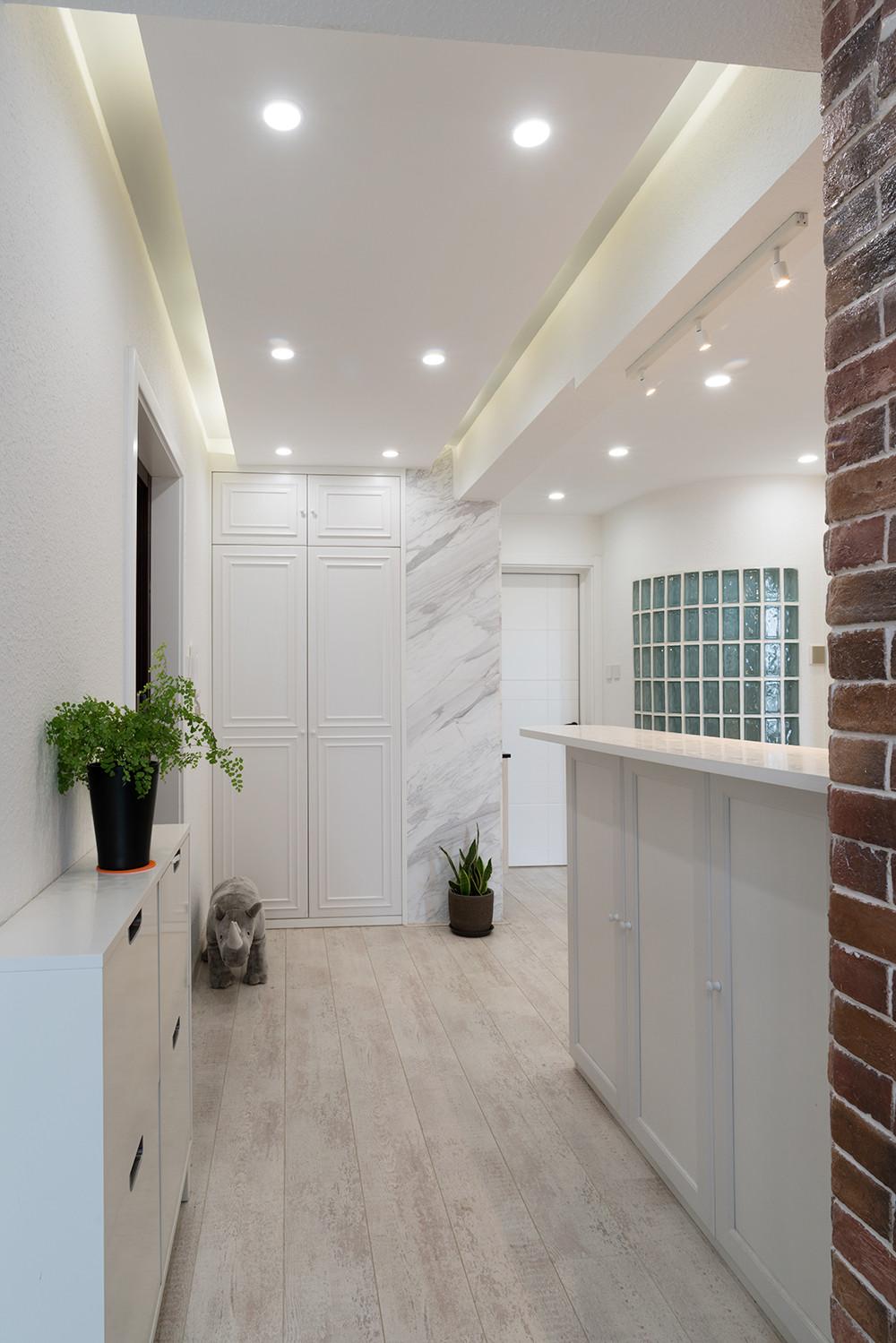 56平小户型装修玄关走廊