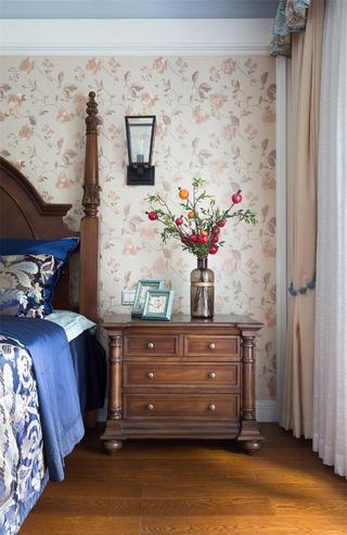 美式别墅装修床头柜图片