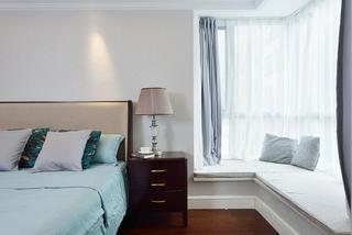 大户型美式装修卧室飘窗图片