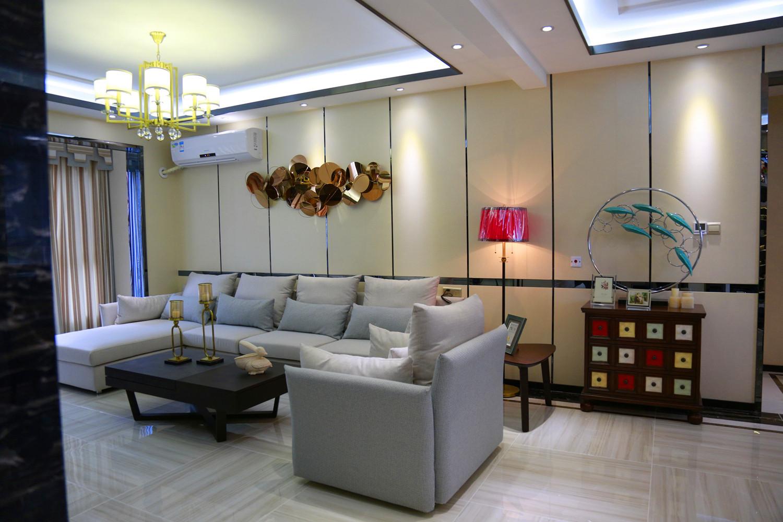 混搭三居室装修客厅吊灯图片