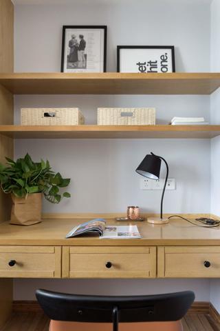 90平日式风格家书桌图片