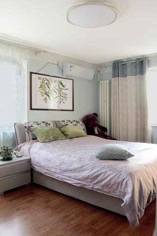 60平小户型装修卧室设计图