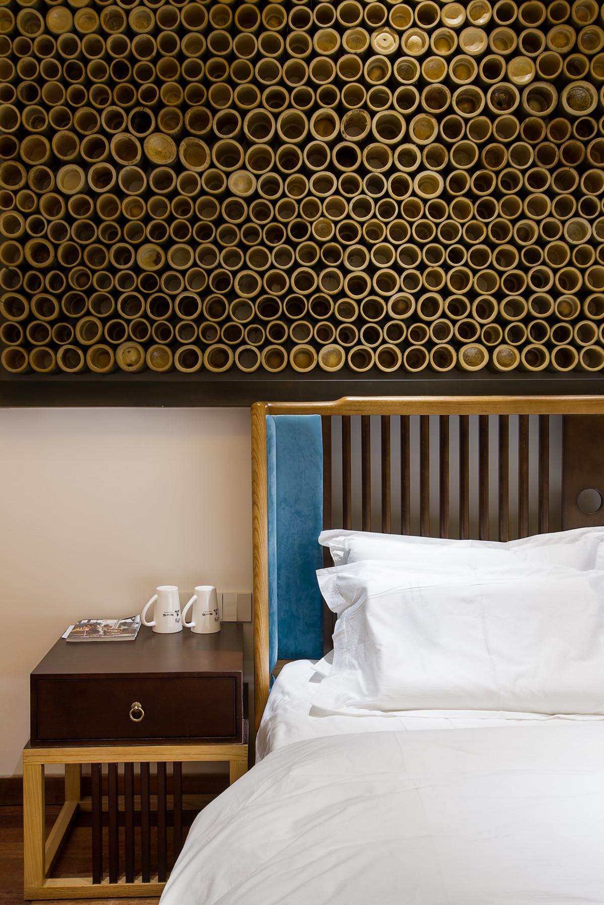 复古民宿装修床头背景墙设计