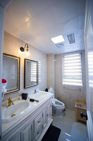 美式三居装修卫生间实景图