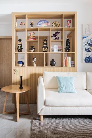 二居室日式风格家置物架图片