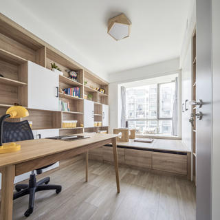 简约舒适北欧二居装修书房设计图