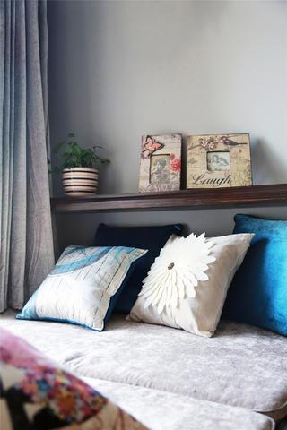 130平美式装修抱枕图片
