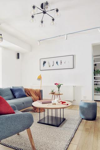 北欧二居装修设计茶几图片