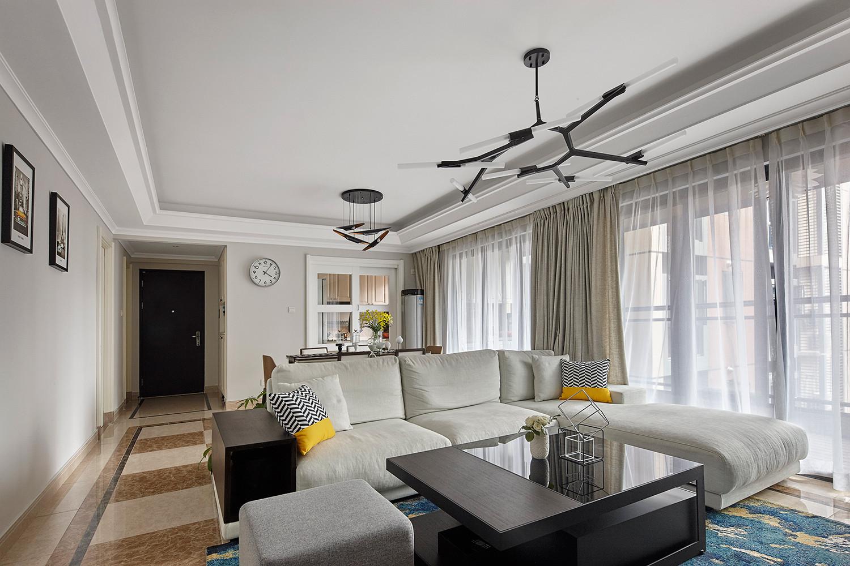 120平现代风格装修沙发图片