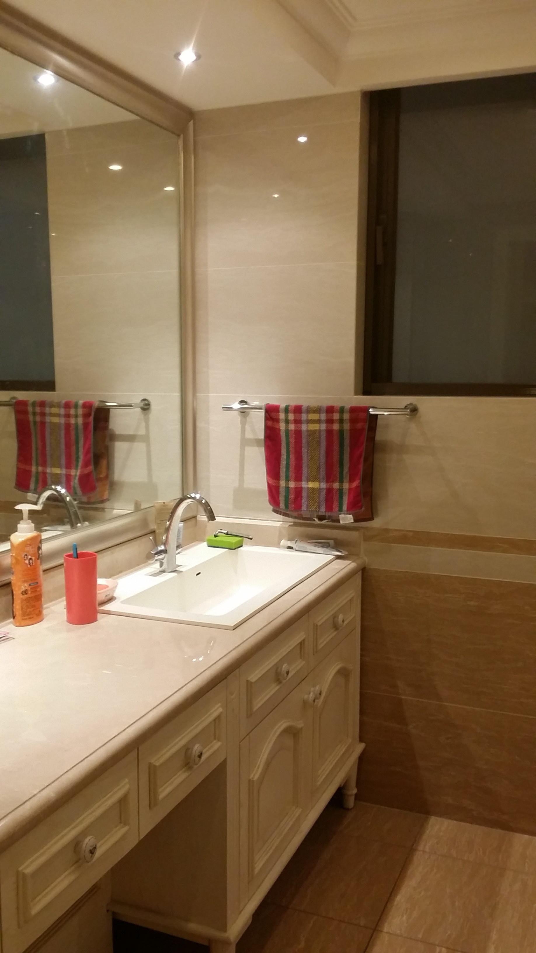 大户型美式风格装修卫生间图片