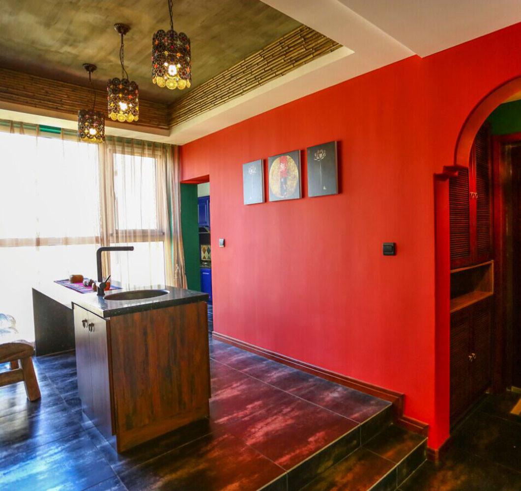 157平东南亚风格装修餐厅背景墙图片