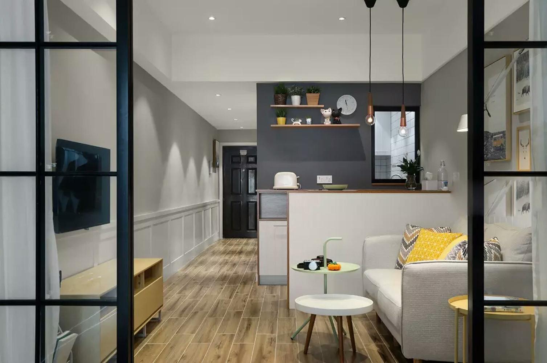一居室小户型装修餐厅背景墙图片