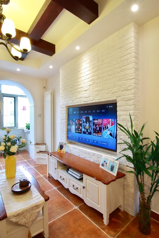 53平美式小家电视背景墙图片