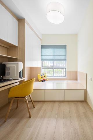 现代简约三居装修榻榻米图片