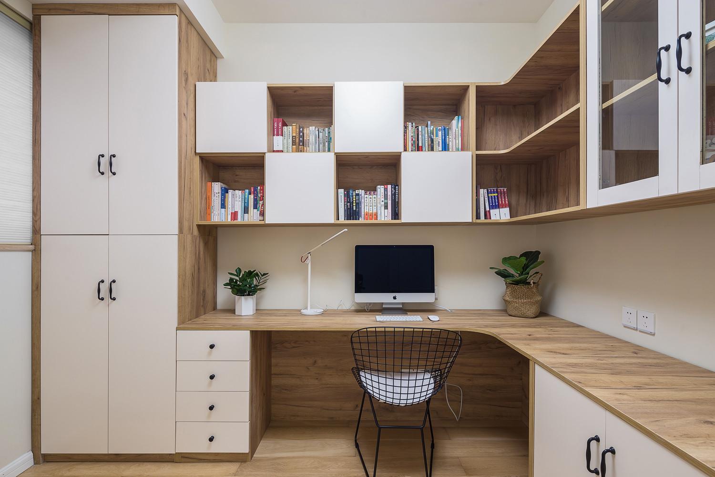 北欧三居室装修书房效果图