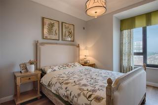 三居室美式空间床头柜图片