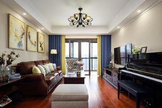 140平美式风格装修客厅布置图