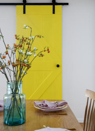 三居室北欧风格家谷仓门设计