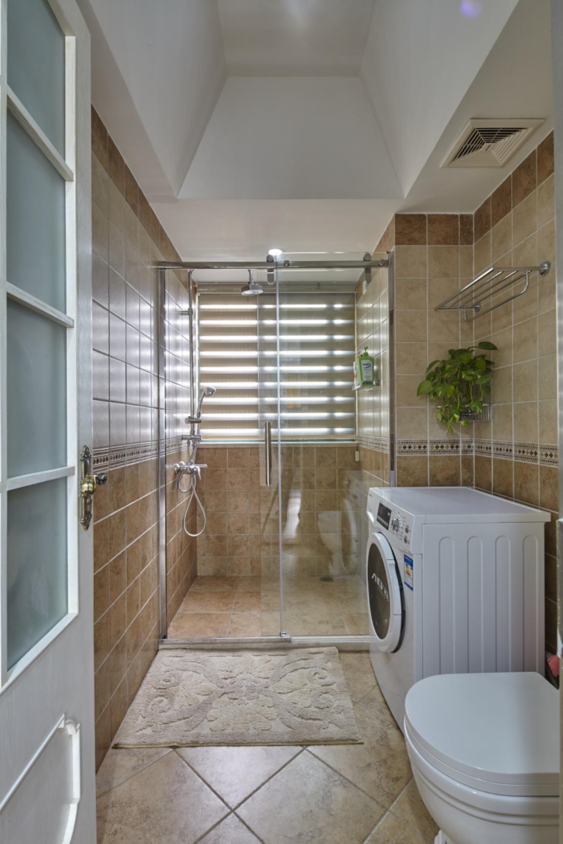 欧式四居室装修淋浴房图片