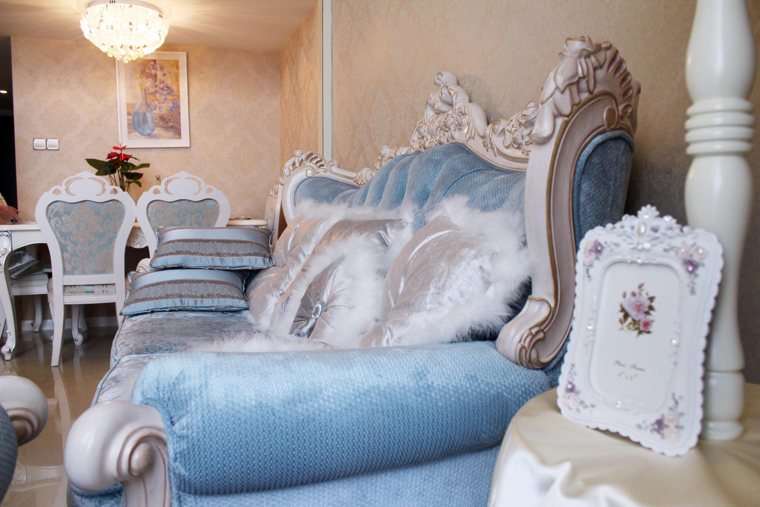 一居室简欧公寓装修沙发图片