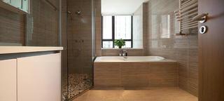 三居室现代简约装修卫生间设计图