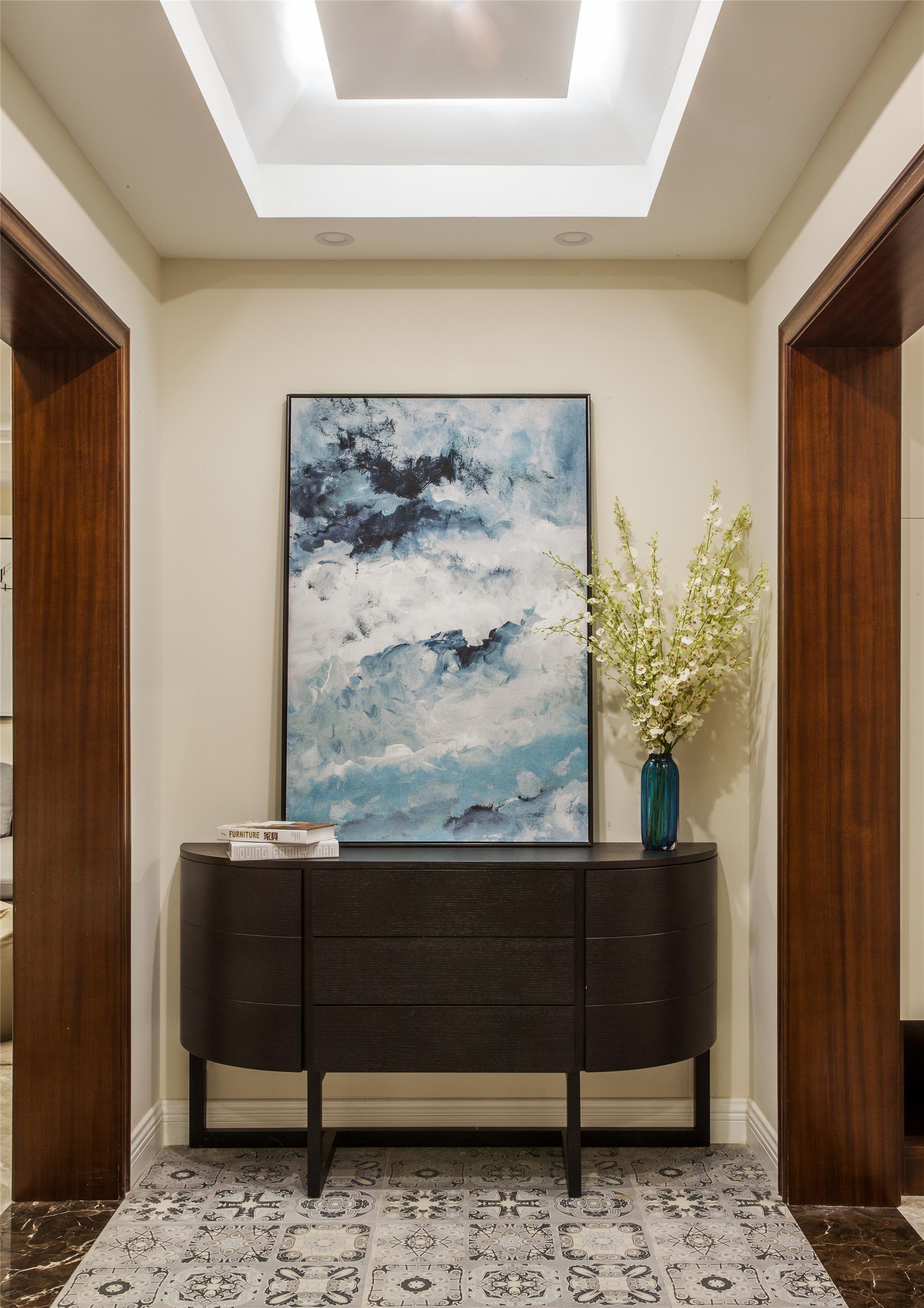 126平三居室装修玄关图片