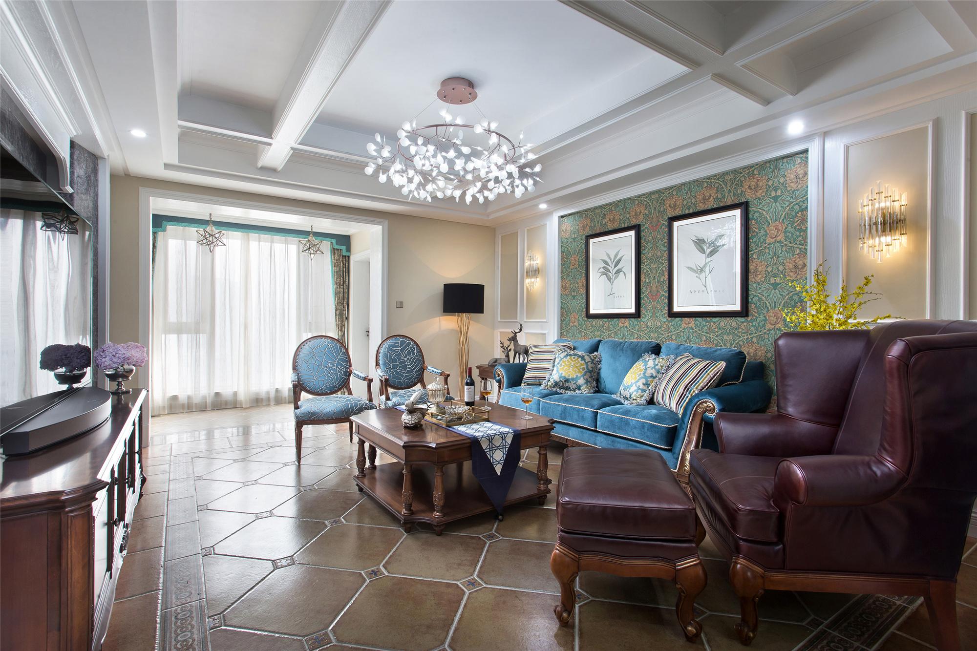180㎡美式装修客厅顶面造型设计