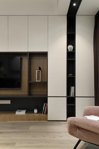 简约三居装修电视墙设计