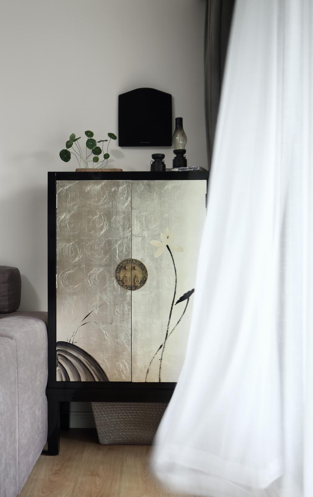 170平中式装修边柜图片