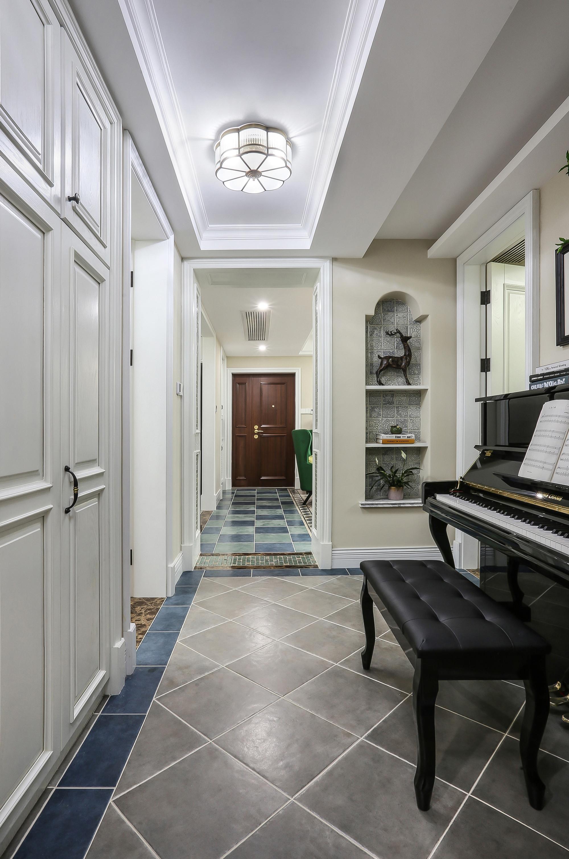 128㎡美式装修门厅过道