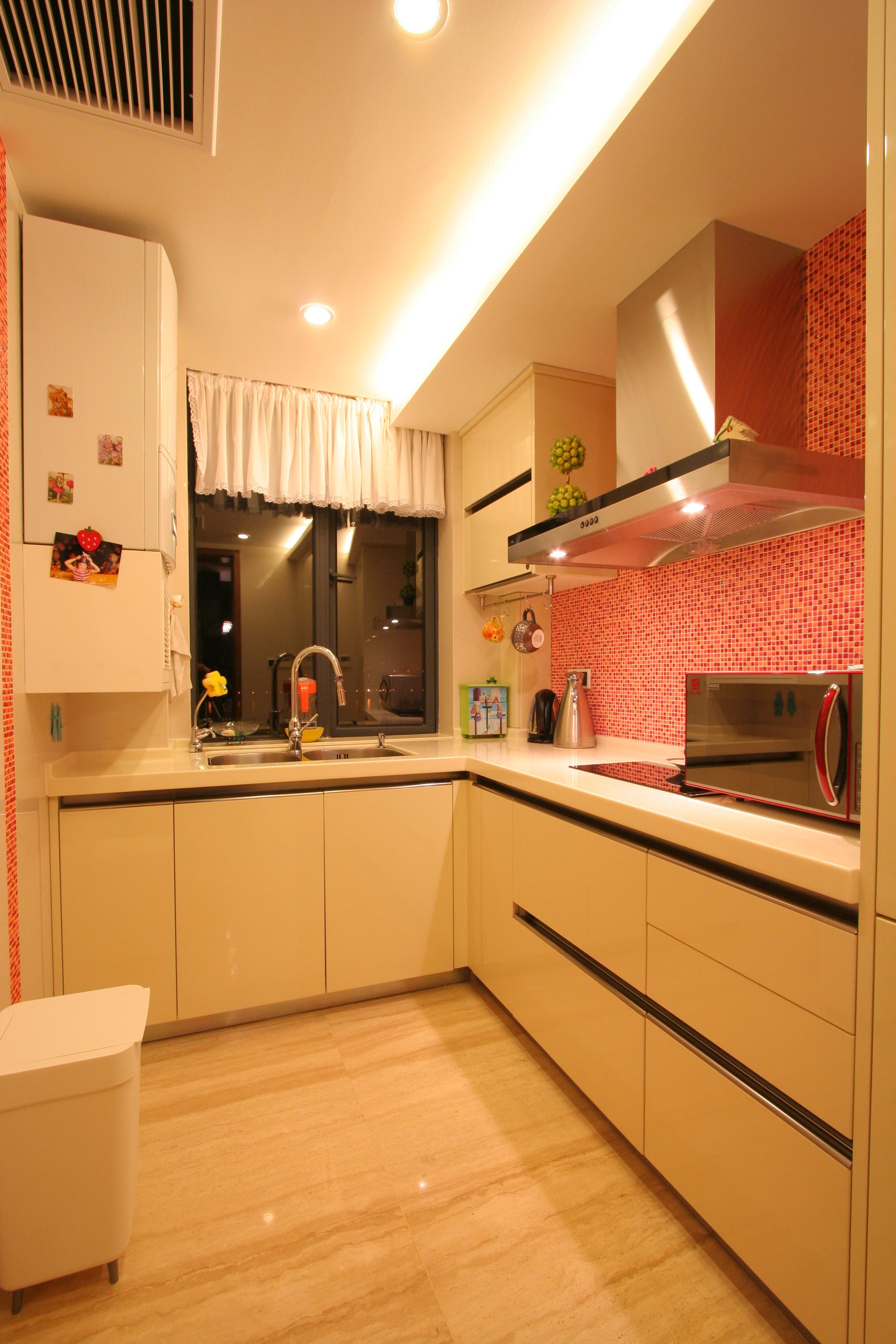 三居室现代风格家厨房构造图
