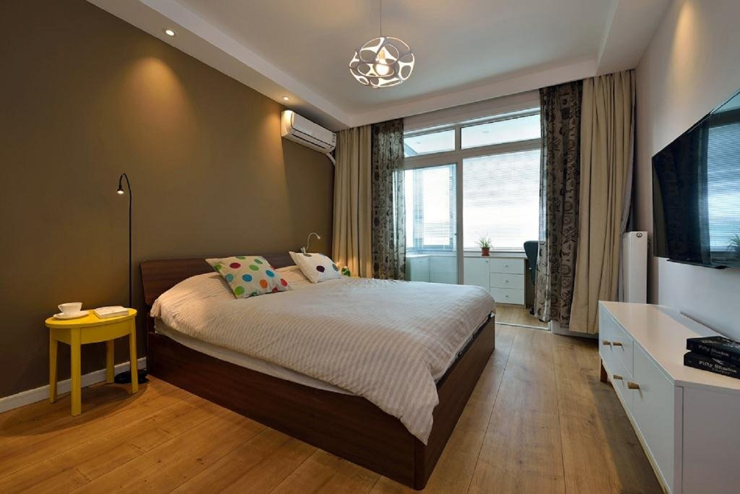 70平北欧风格家卧室设计图