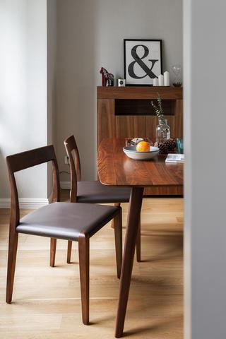 118㎡北欧风装修餐椅特写