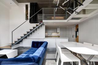 80平loft风格装修楼梯设计