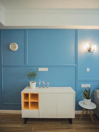 80㎡二居室装修餐边柜图片
