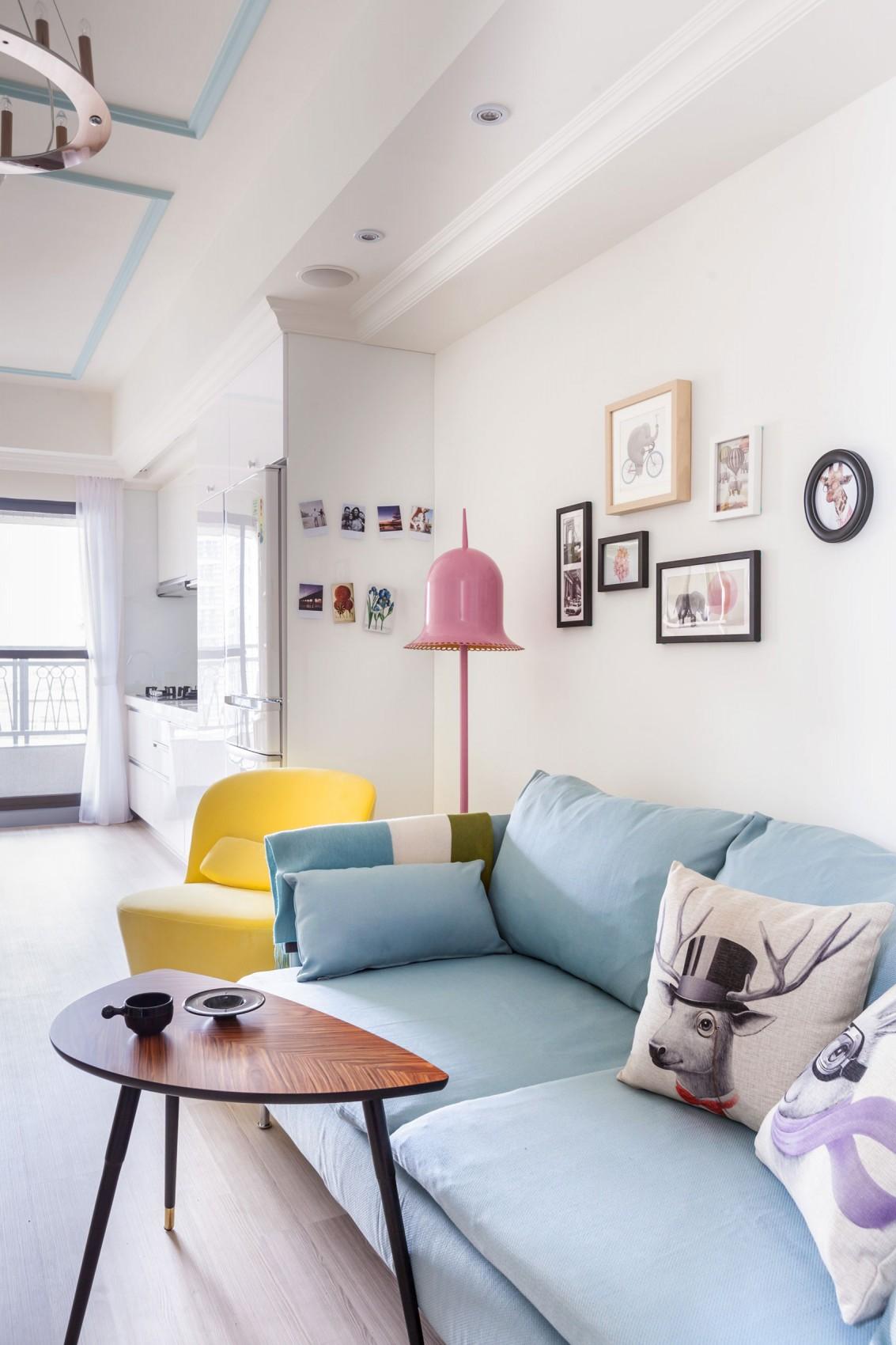 60平北欧风格家沙发背景墙图片
