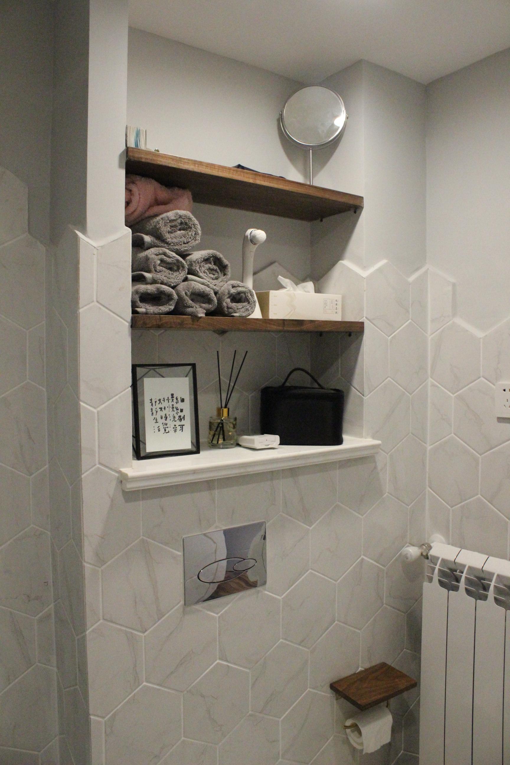 小户型二居室装修置物架设计