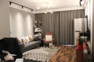 小户型二居室装修客厅实景图