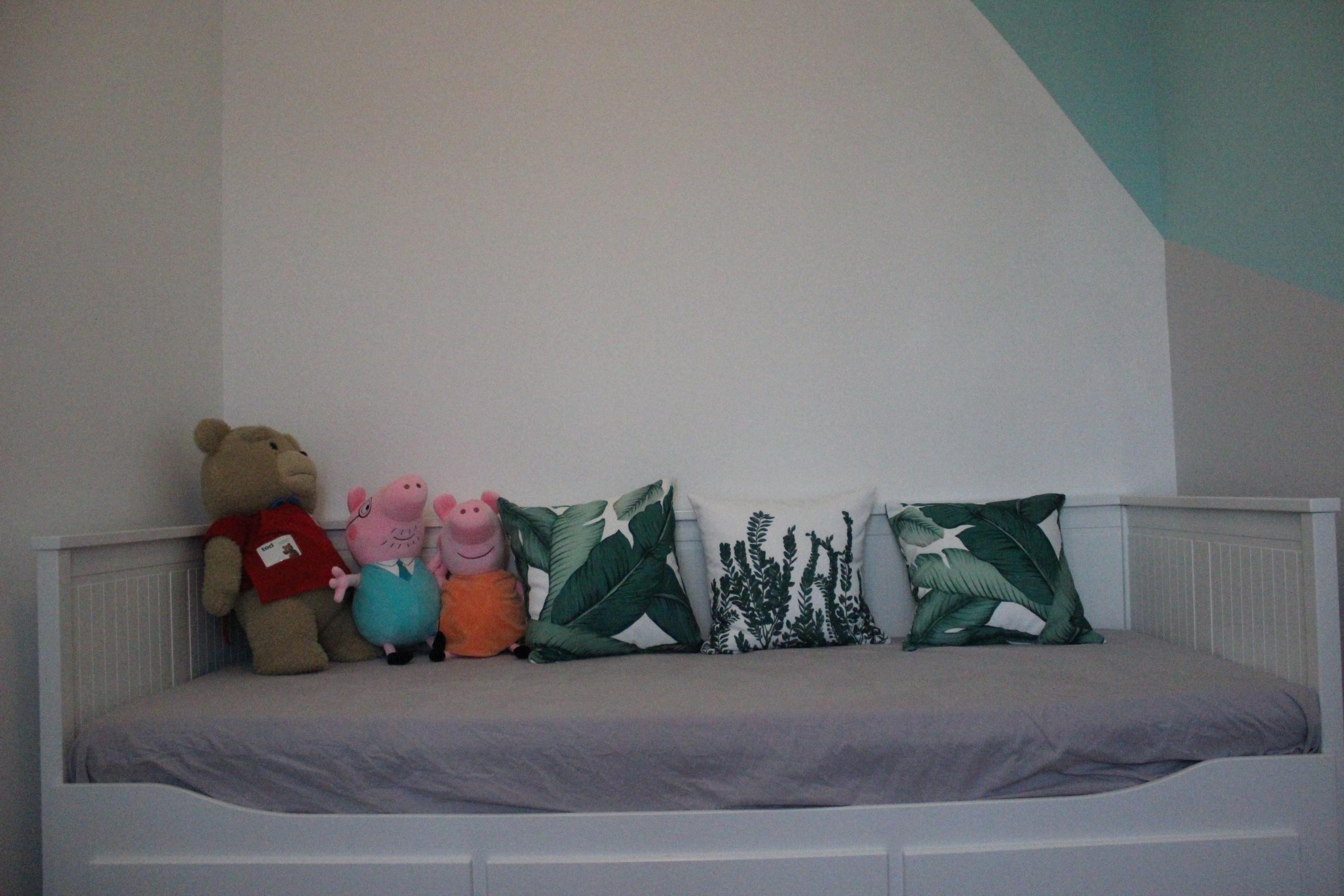 小户型二居室装修儿童床图片