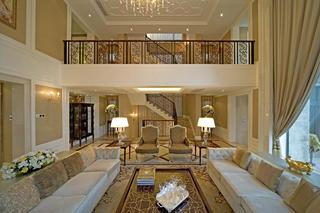 欧式别墅装修抬高客厅设计