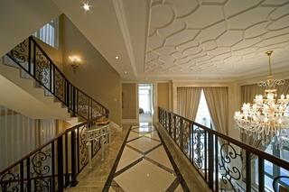 欧式别墅装修楼梯过道