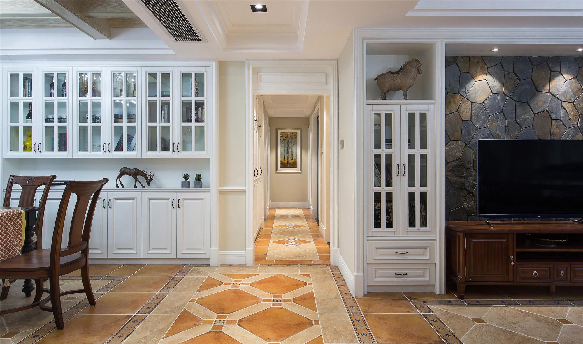 美式四居室装修门厅走廊
