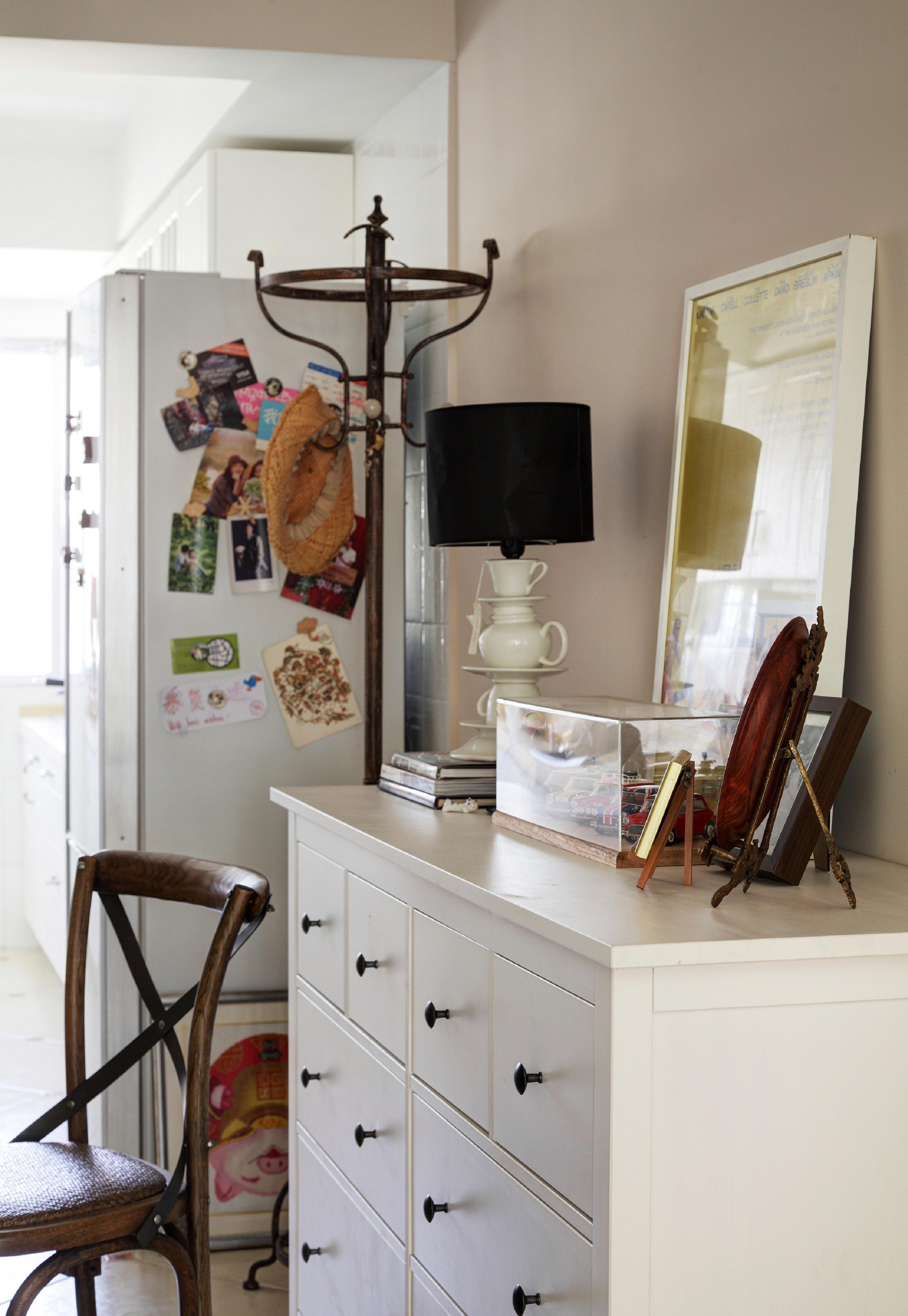 70平北欧风装修餐边柜图片