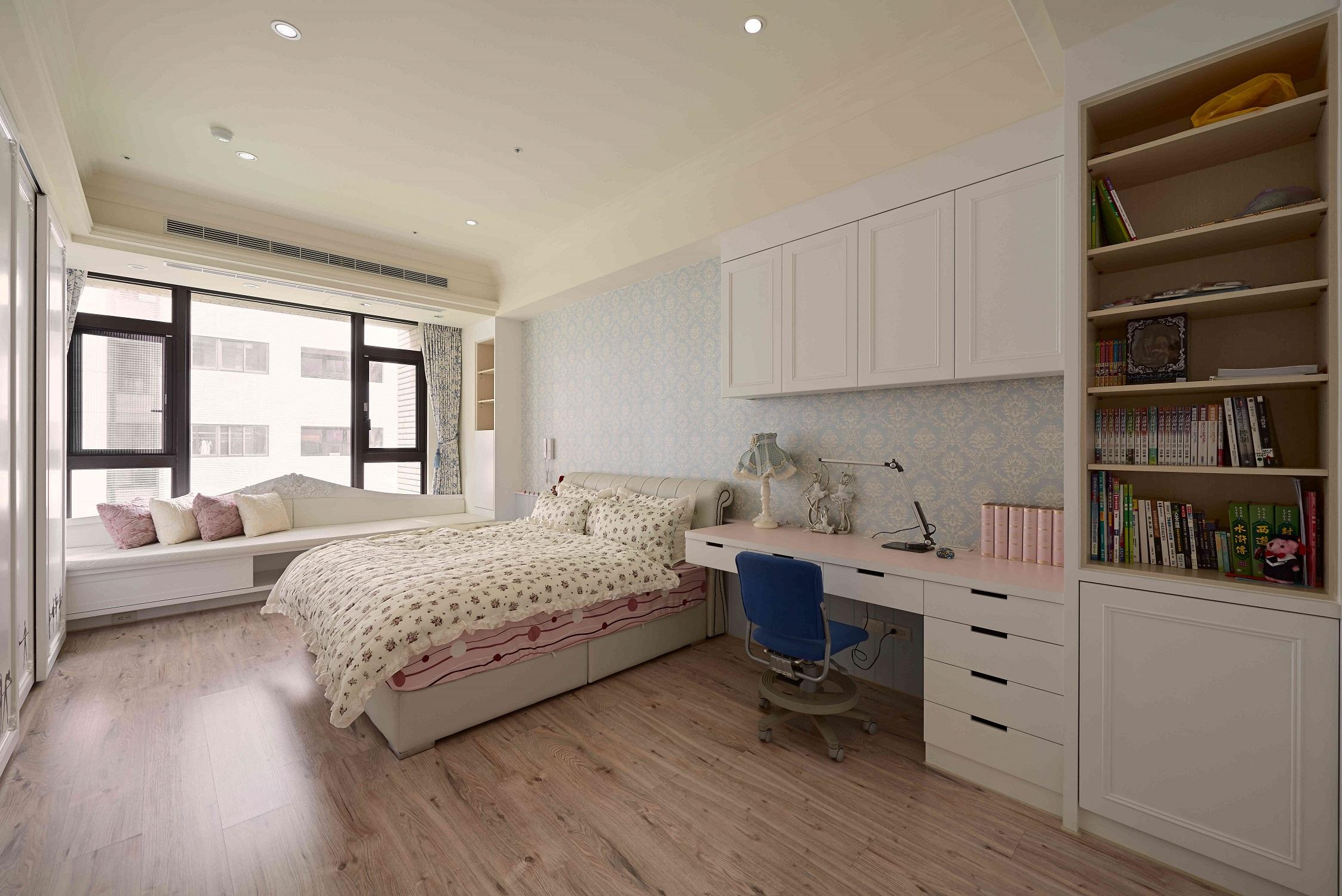大户型黑白新古典卧室工作区